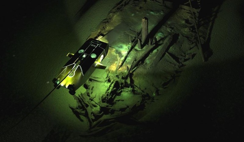 Byzantine_wreck_with_Surveyor_ROV.jpg