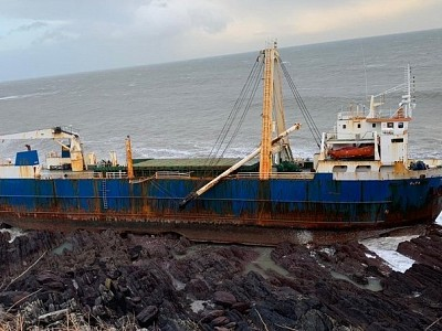 Ghost Ship Washes Ashore in Ireland