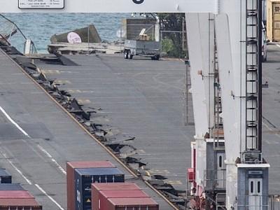 Damaged Wellington port cranes still out of action