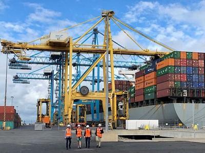 Adelaide - Port River dredging to go ahead despite environmental concerns