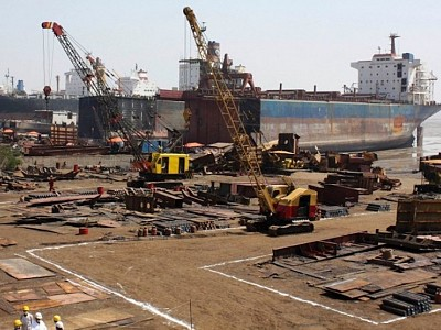 EU Needs to Speed Up Approvals of Asian Shipbreaking Yards