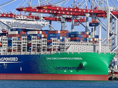 CMA CGM inks order for 22 boxships, including 12 dual-fuel newbuilds