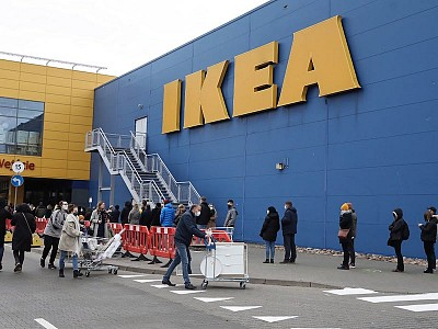 Ikea latest firm to suffer shortages and delays due to clogged UK ports
