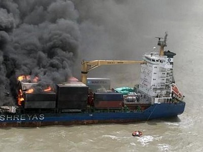 SSL Kolkata Lists Starboard following Further Explosions