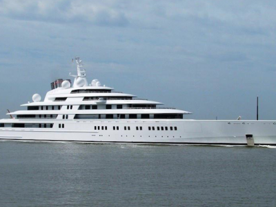 AZZAM - The longest super yacht in the world
