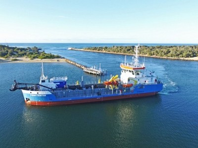 Damen TSHD 650 Tommy Norton begins operations at Gippsland Lakes