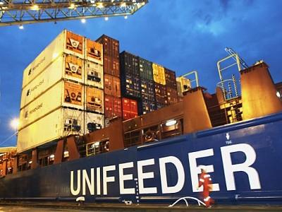 DP World acquires short sea specialist Unifeeder