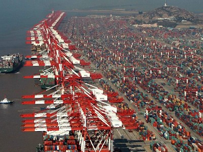 Shanghai Remains World's Top Container Port