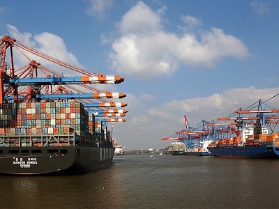 Containership Giants to Continue Driving Fleet Growth