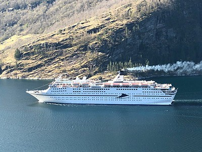 Cruise Ship Fined for Violating Norwegian Fjords' SOx Limit
