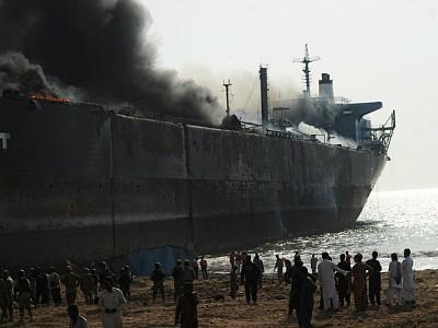NGO Shipbreaking Platform Slams Owners for Gadani Shipbreaking Fires