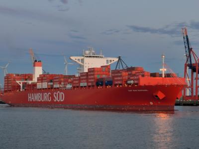 Maersk: Hamburg Süd Ships to Fly Denmark, Singapore Flags