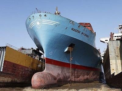 Maersk Line Scraps 8 Panamaxes